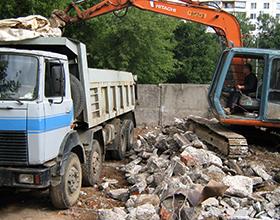 Сколько в среднем стоит вывоз строительного мусора