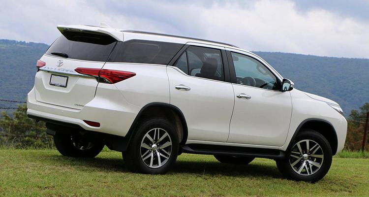 Вид Toyota Fortuner