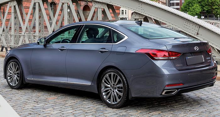 Стильный Hyundai Genesis