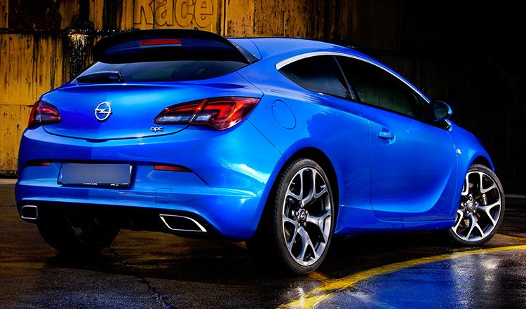 Opel Astra сзади