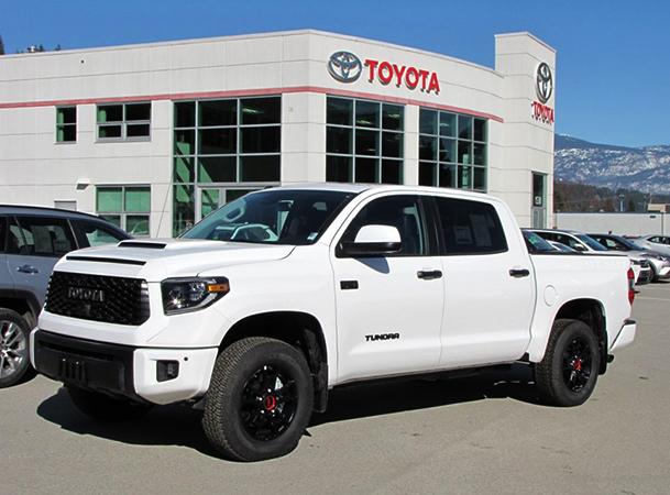 Автомобиль Toyota Tundra