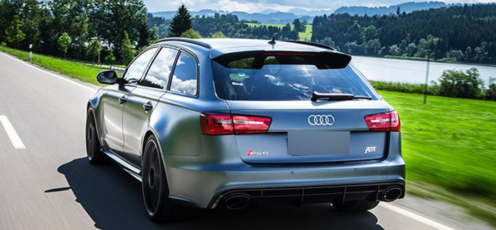 Audi RS6 на дороге
