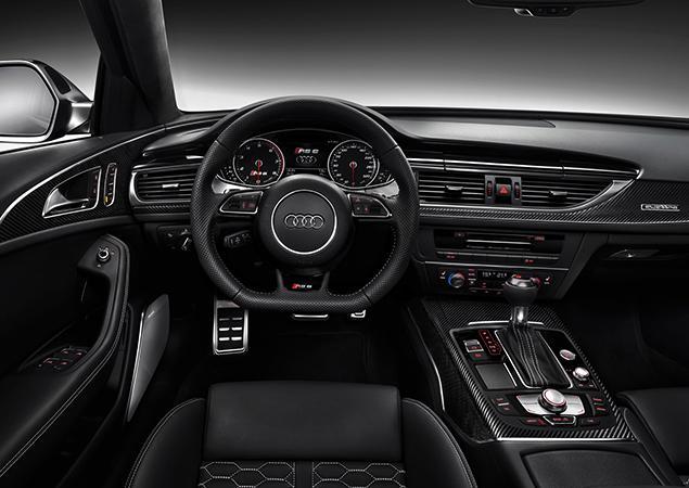 Интерьер Audi RS6