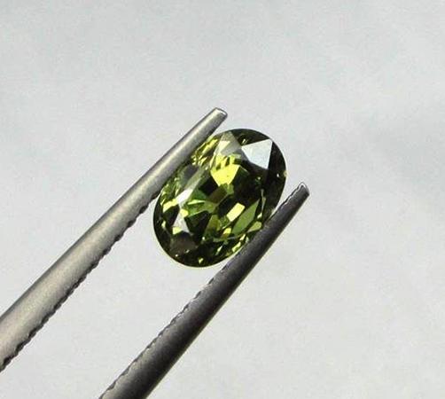 Натуральный камень Александрит
