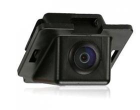 Сколько в среднем стоит камера заднего вида на автомобиль?