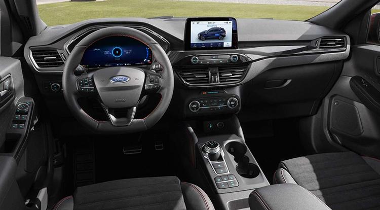 Интерьер Ford Kuga