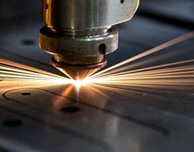 Сколько в среднем стоит лазерная гравировка и от чего зависит цена?