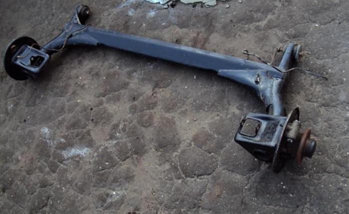 Задняя балка на ВАЗ 2110
