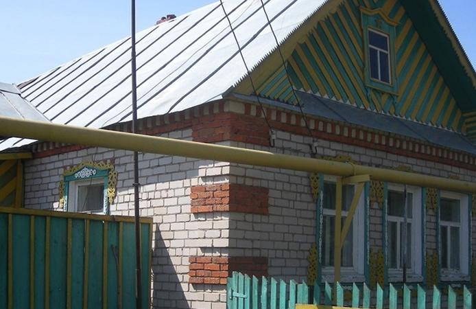 Дом в деревне с газом