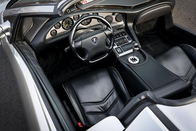 Салон Lamborghini Diablo