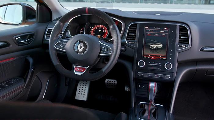 Интерьер Renault Megane