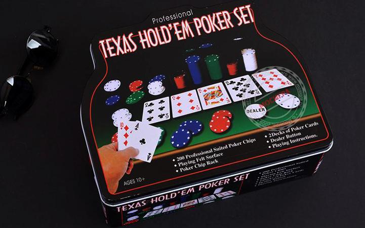 Современный покерный набор