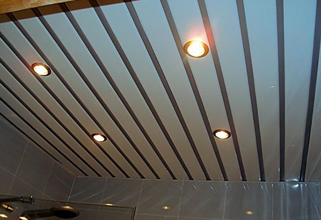 Современный реечный потолок
