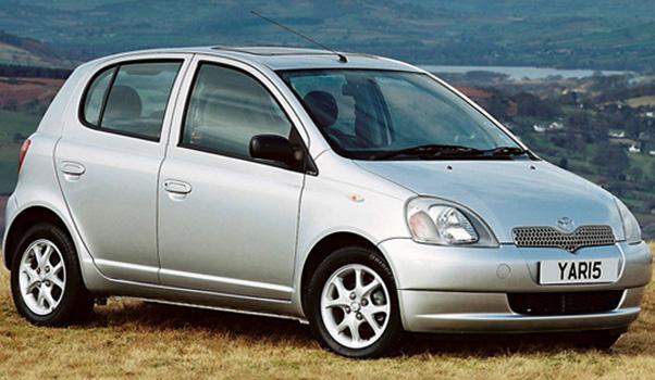 Toyota Yaris 1 поколения