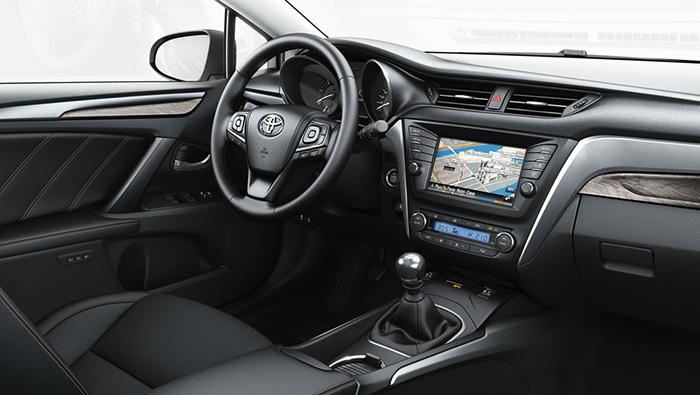 Интерьер Toyota Avensis