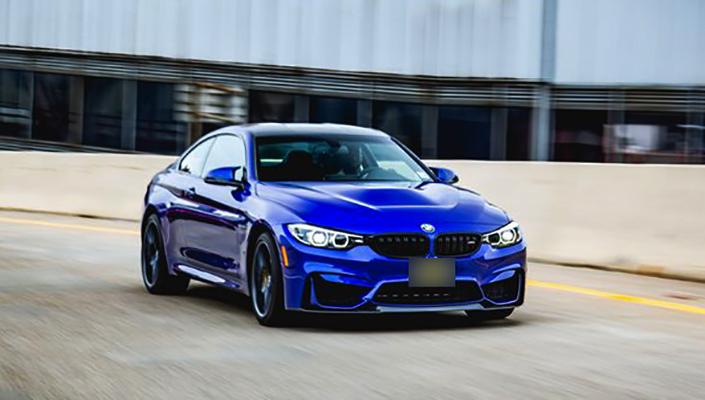 Вид BMW M4