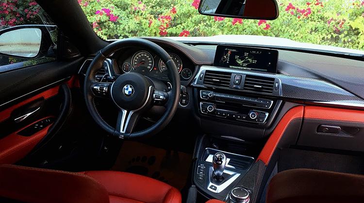 Салон BMW M4