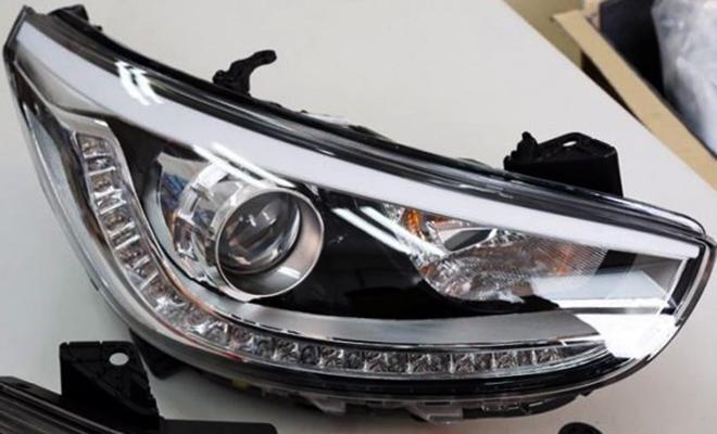 Передняя фара на Hyundai Solaris