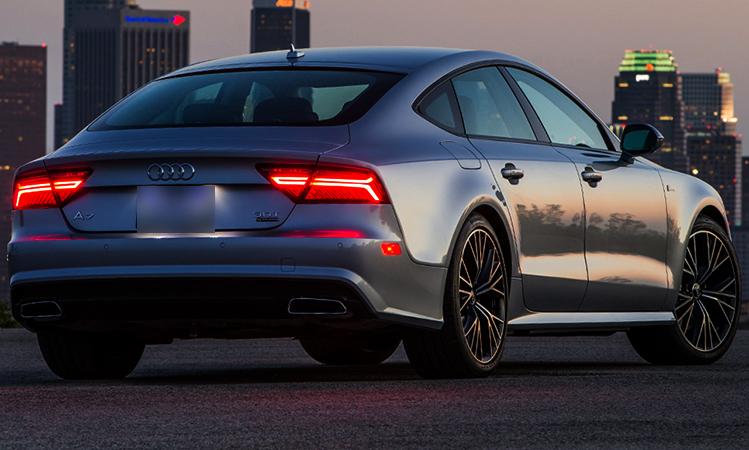 Audi А7 сзади