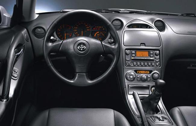Салон Toyota Celica