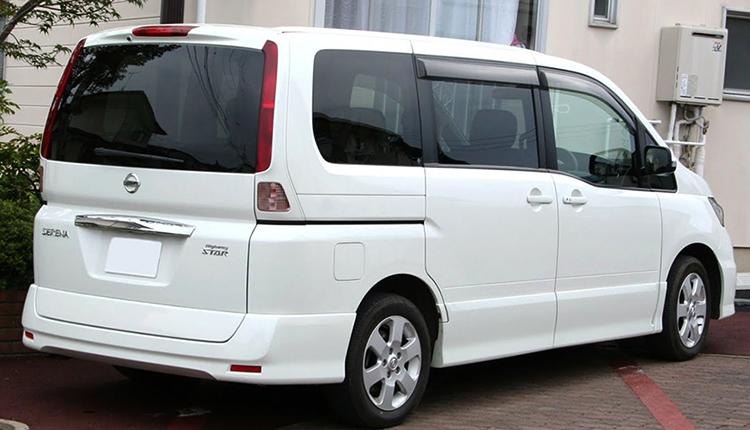 Nissan Serena 2007 года