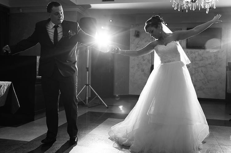 Постановка танца жениха и невесты