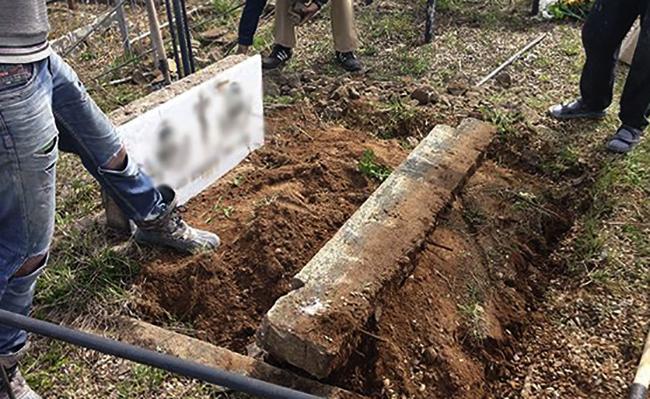 Демонтирование памятника на кладбище