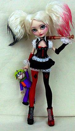 Маленькая кукла Harley Quinn