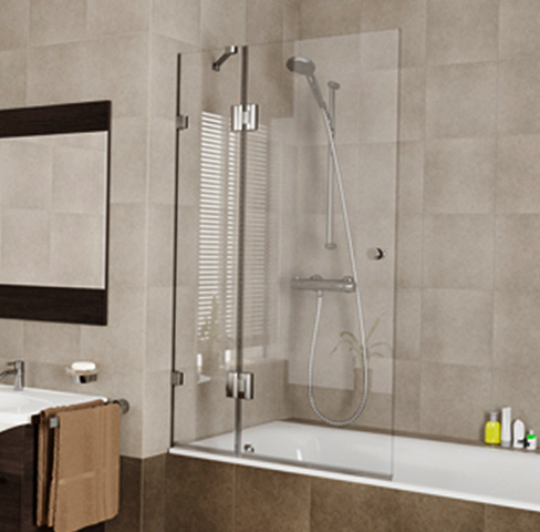 Стеклянная шторка для ванны