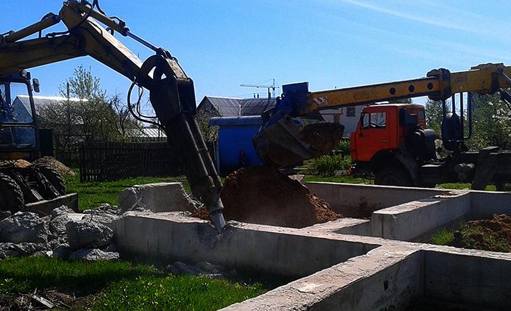 Проведение демонтажа ленточного фундамента