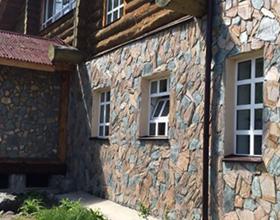 Сколько стоит облицовка фасада натуральным камнем