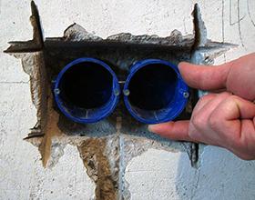 Сколько в среднем стоит установка подрозетников в бетонную стену