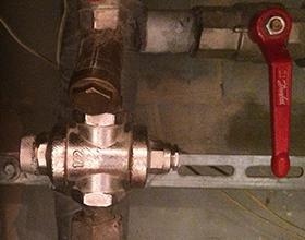 Во сколько обойдется замена регулятора давления воды в квартире