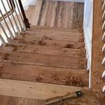 Сколько в среднем стоит реставрация деревянных лестниц?