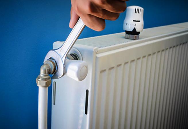 Снятие батареи отопления
