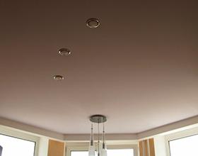 Сколько стоят тканевые натяжные потолки с установкой?