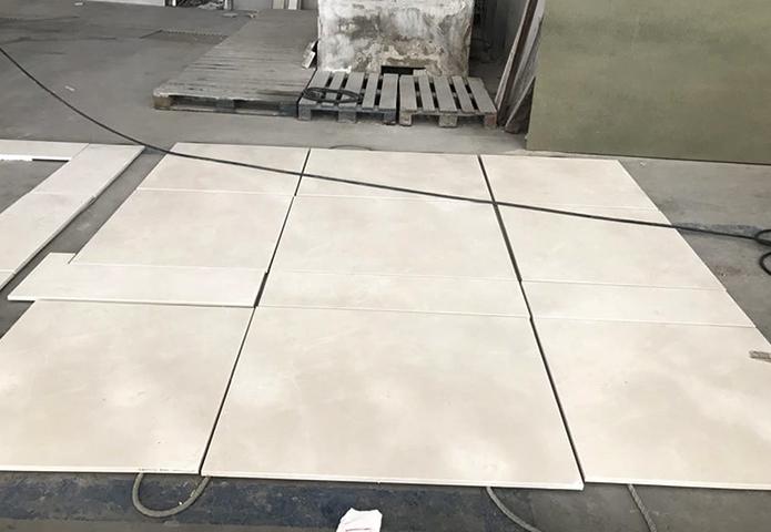 Укладка мрамора на пол
