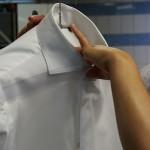 Сколько стоит химчистка рубашки и от чего зависит цена?