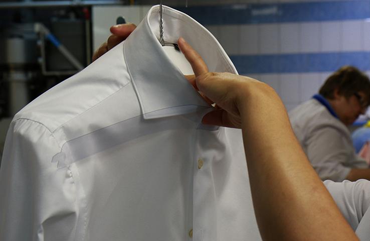 Профессиональная химчистка рубашки