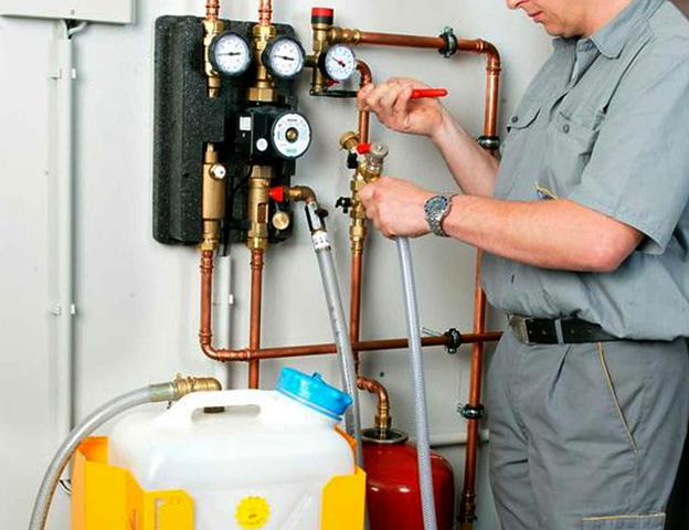 Прочистка труб системы отопления