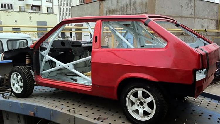 Красный кузов на ВАЗ 2108