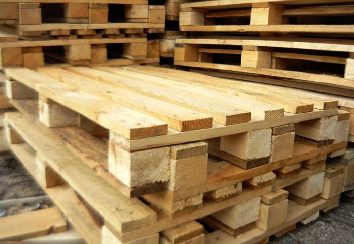 Новые деревянные поддоны (паллеты)