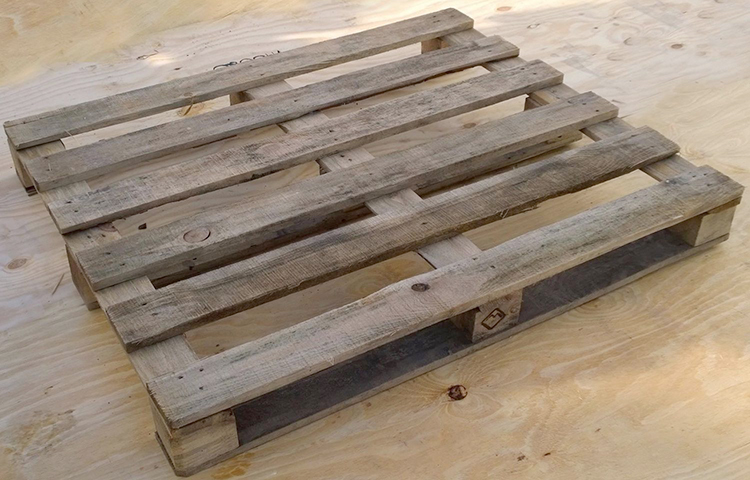 Усиленный деревянный поддон