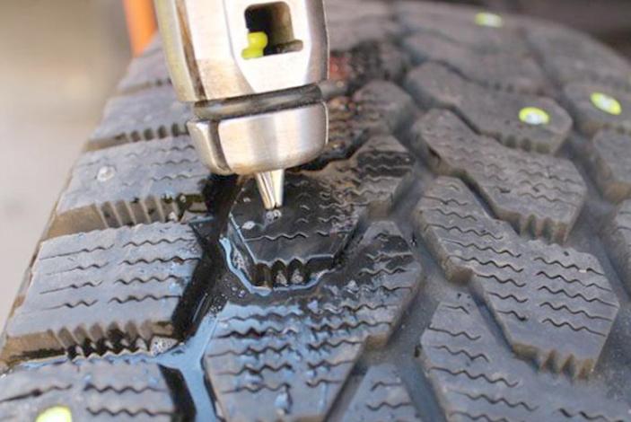 Профессиональная ошиповка зимней шины
