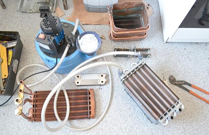Теплообменник газового котла на промывке