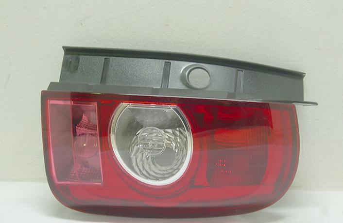 Задняя правая фара ОЕМ 001849491001122017, цена — 2 175 руб.