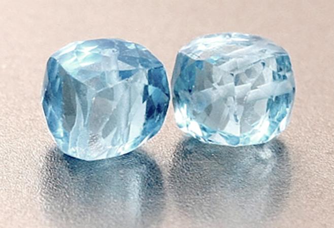 Голубые камни Шпинель