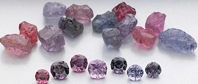 Камень Шпинель разных видов
